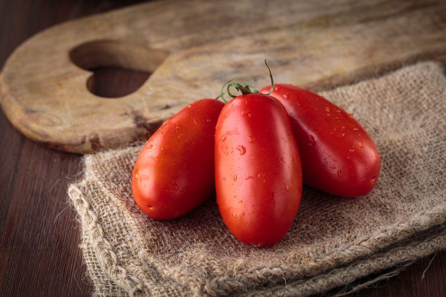 Pomodoro San Marzano: il re del cibo biologico per un gusto perfetto