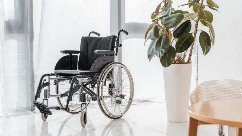 Servoscala, montascale anziani, montascale disabili: cosa sapere