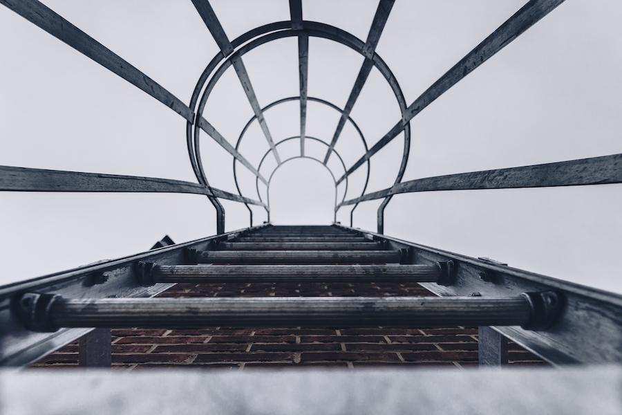 Realizzazione scale con gabbia a Padova: ecco a chi rivolgersi